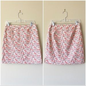 EUC Gap skirt w/ happy summer flowers and pockets
